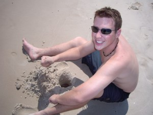 chris-building-a-sandcastle